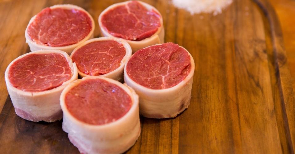 Medalhão de mignon com bacon é vendido no açougue gourmet Da Fazenda, de Ponta Grossa (PR)