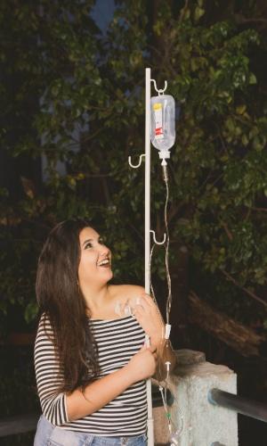 """Thamires admite que foi """"um abalo total"""" a notícia do câncer; mas com o tempo ela aprendeu a lidar com o fato"""