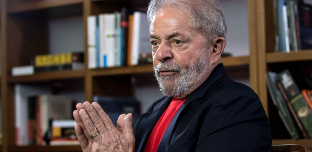 Preso desde abril, o ex-presidente é pré-candidato do PT ao Planalto
