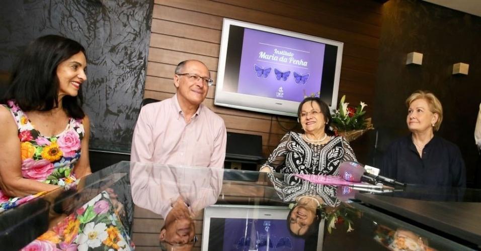 31.ago.2018 - O Candidato à presidência pelo PSDB, Geraldo Alckmin visita o Instituto Maria da Penha em Fortaleza
