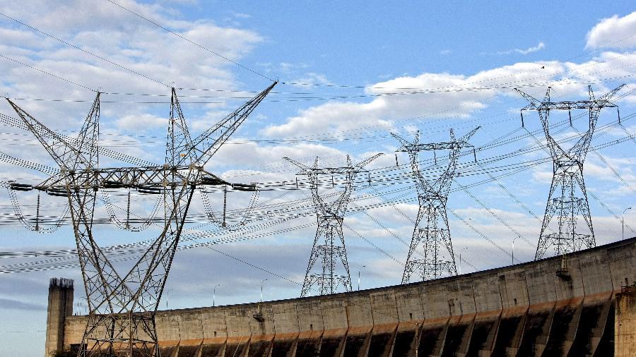 País enfrenta maior crise hídrica em reservatórios de hidrelétricas em mais de 90 anos - Adriano Machado//Bloomberg