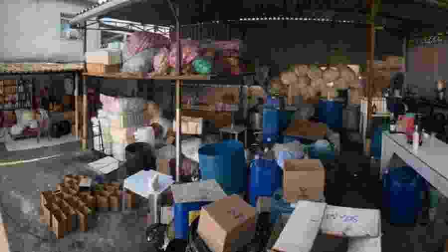 Polícia Civil interrompe fabricação clandestina de álcool gel no RJ - Imagem/Divulgação