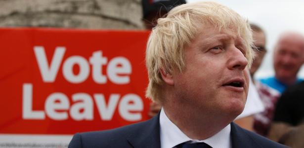 O ex-prefeito de Londres Boris Johnson faz comício pela saída do Reino Unido da União Europeia, em Selby