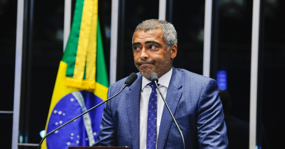 Romário na tribuna do Senado