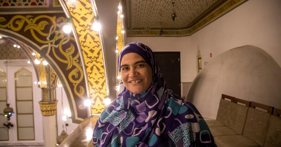 7.jun.2017 - Baraka Ibrahim Arafat, egípcia do Cairo e há dez anos no Brasil, durante celebração da quebra do jejum na Mesquita Brasil, em São Paulo. Ela é casada com o ?sheikh? Abdel Hamid Metwally