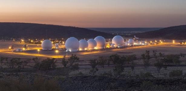 O Centro de Defesa Conjunta Pine Gap operado pelos EUA no interior da Austrália