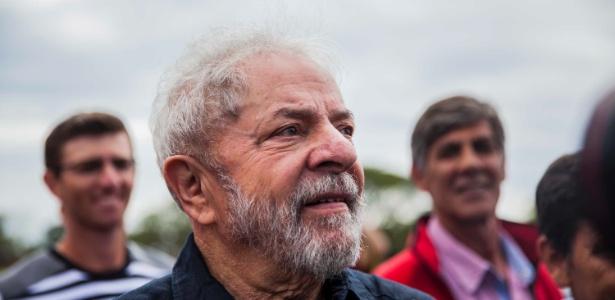 Lula participa de caravana ao lado de Dilma, em março deste ano
