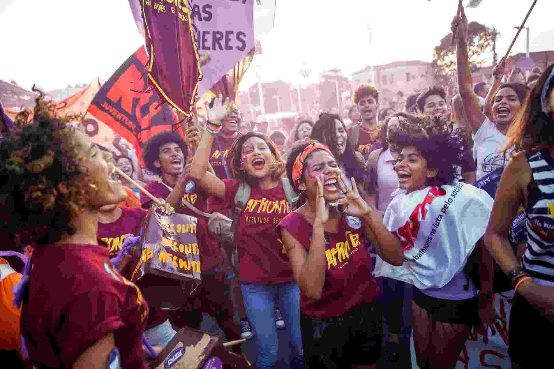 08.03.2019 - Manifestação do Dia Internacional da Mulher em Teresina - João Allbert/Futura Press/Estadão Conteúdo