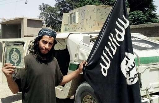16.nov.2015 - Abdelhamid Abaaoud, 28, suposto mentor dos atentados na França