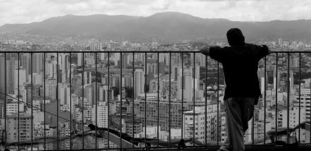 Foto mostra São Paulo vista de uma das varandas do Edifício Copan, no centro da capital