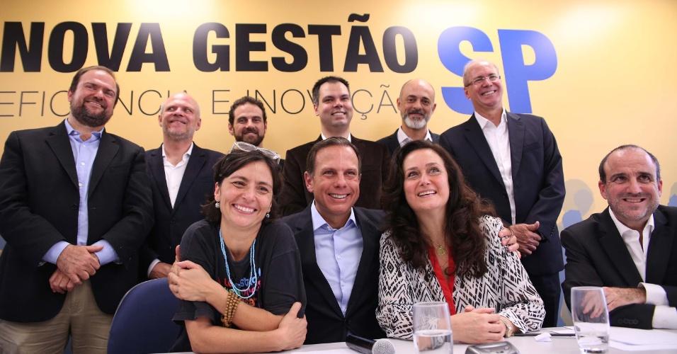 10.nov.2016 - O prefeito eleito de São Paulo, João Doria Júnior (PSDB), e parte de seu futuro secretariado, durante anúncio, na capital paulista
