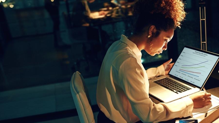 mulher, investimento, investidora, economia, finanças, finanças pessoais, investimentos - Getty Images