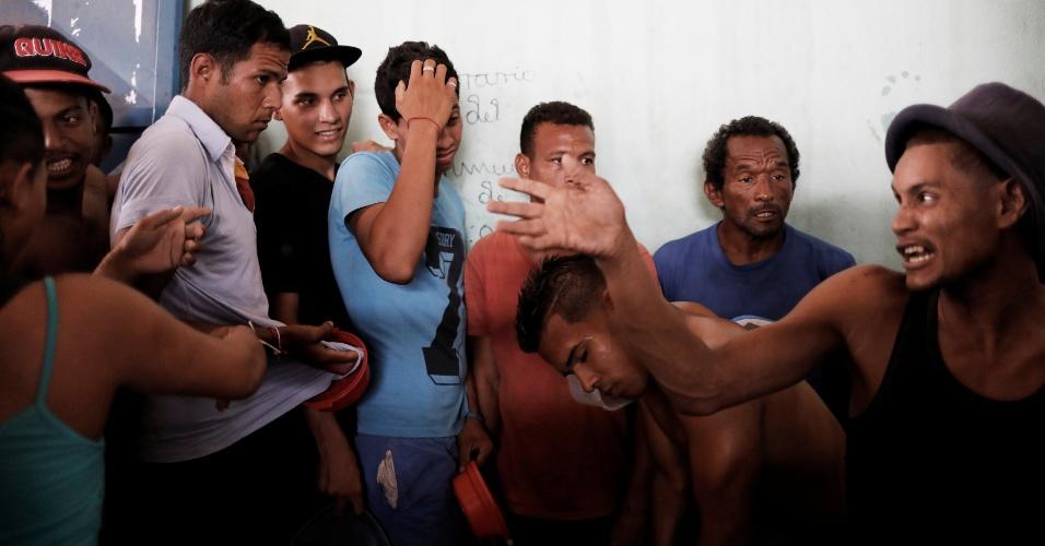 11.dez.2017 - Imigrantes venezuelanos lotam abrigos em Boa Vista, Roraima, fugindo da crise na Venezuela