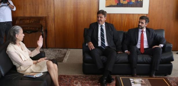 A presidente do STF, Cármen Lúcia, recebe o diretor-geral da PF, Fernando Segovia, acompanhado da equipe que investigou o acidente com Teori