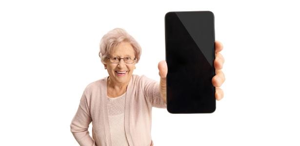 Sensores e celulares estão ajudando no monitoramento de idosos