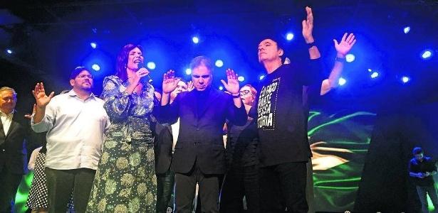 O empresário Flávio Rocha, pré-candidato à Presidência da República pelo PRB, participa de um culto evangélico