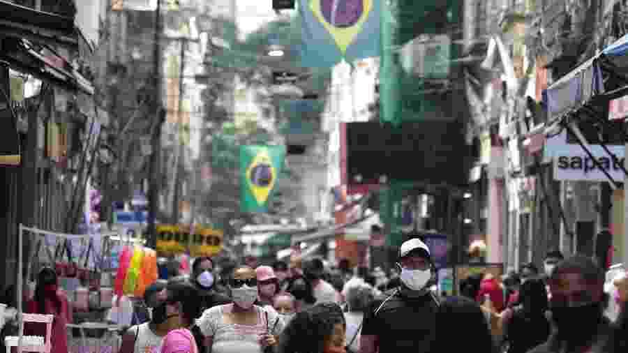 Pandemia provoca perda média no faturamento do comércio do Rio - Dikran Junior/Agif - Agência de Fotografia/Estadão Conteúdo