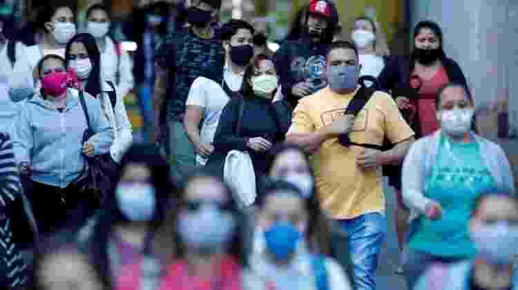 Dalcomo diz que o Brasil 'nunca fez um lockdown adequado' - EPA - EPA