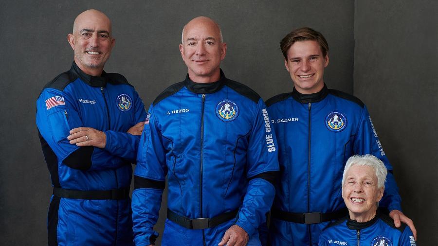 Bezos e a equipe Blue Origin podem não se qualificar como astronautas - Blue Origin/Divulgação