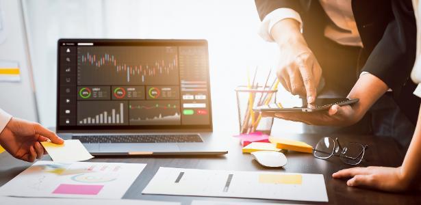 Investidor investidora investidores investimentos negócios ambiente de trabalho equipe