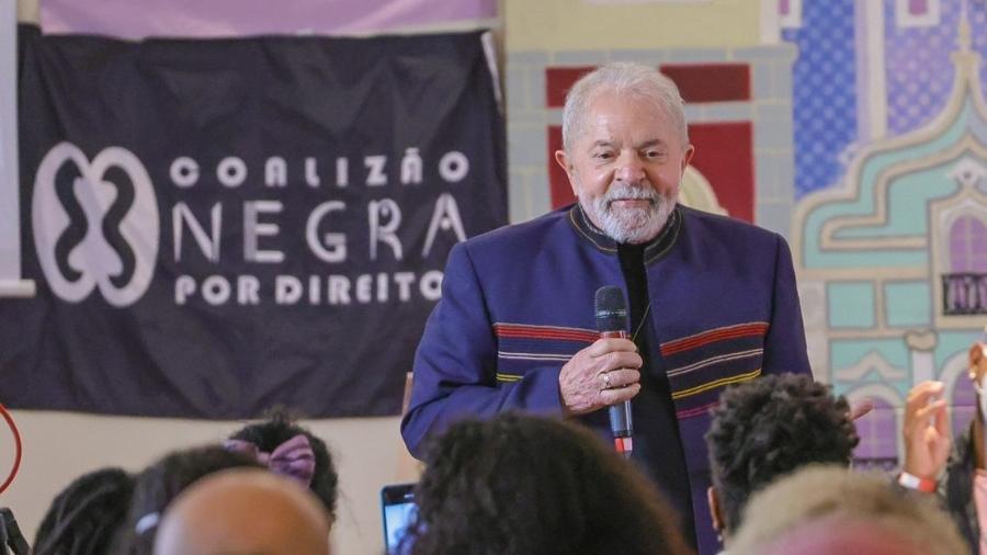 O ex-presidente Luiz Inácio Lula da Silva fez críticas à Petrobras e a Jair Bolsonaro - Reprodução/Twitter/Douglas Belchior