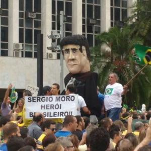 Moro virou herói nos protestos de domingo