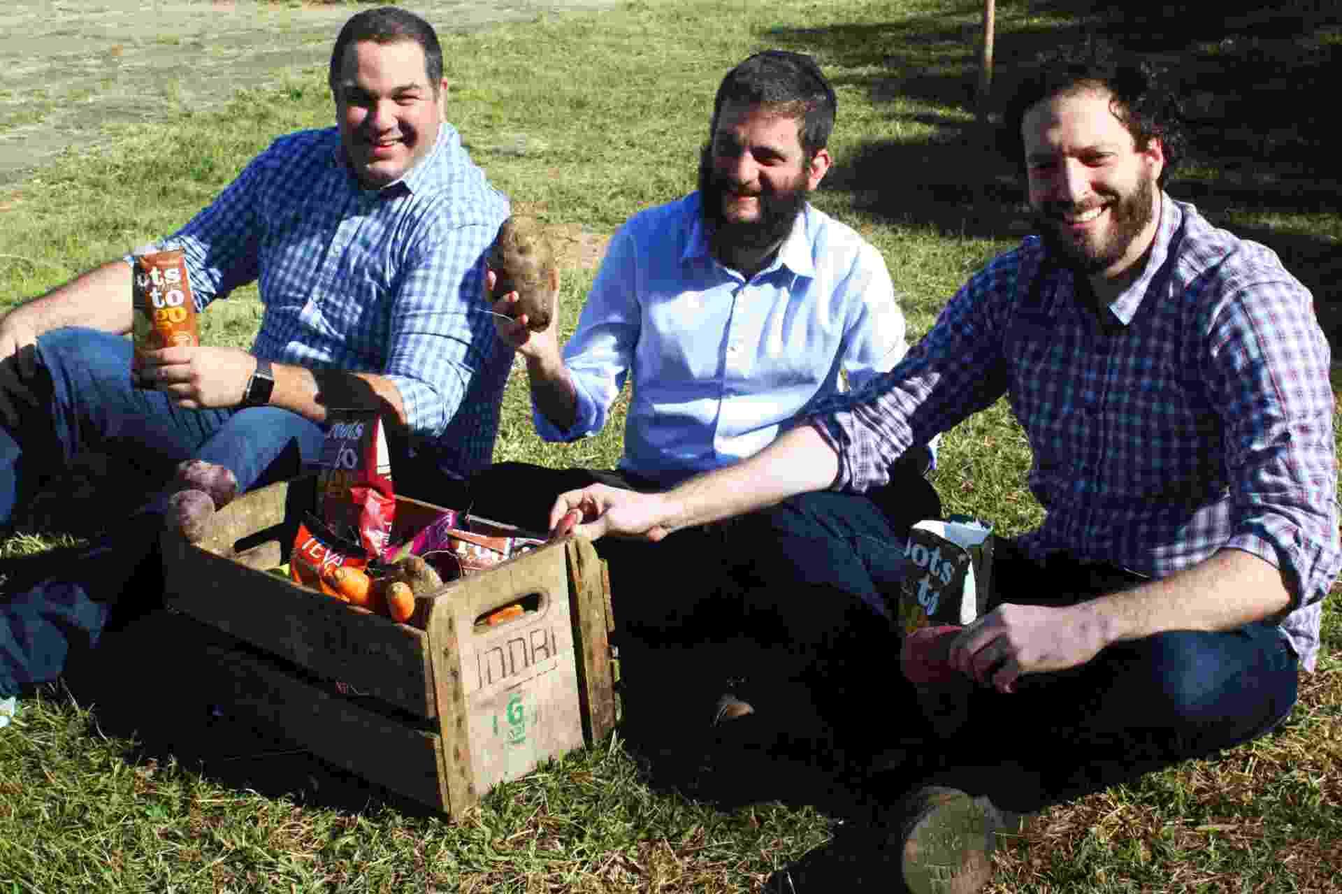 Os sócios da Roots to Go David Sinder (à esq.), Felipe Dorf e Jonathan Grin - Divulgação