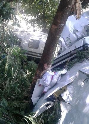 Avião bimotor caiu em Sorocaba, no interior do Estado de São Paulo