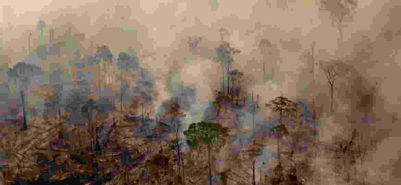 Fumaça tinge de cinza o céu de Apuí, no sul do Amazonas, região que registrou avanço de desmatamento nos últimos meses - Bruno Kelly/Reuters