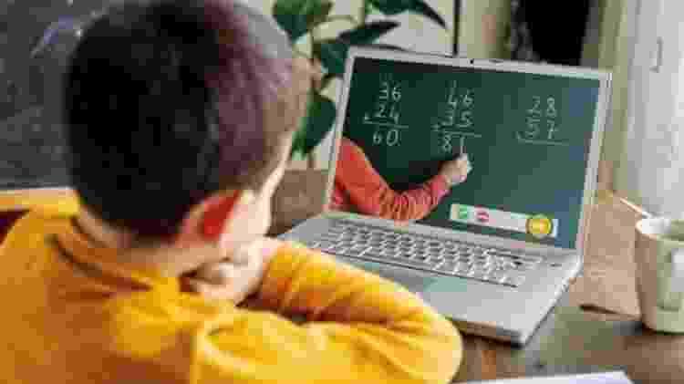 Ensino virtual de matemática - Getty Images - Getty Images