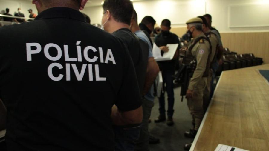 O salário mais baixo é de R$ 3.726,73 e o mais alto é de R$ 12.769,80 - Divulgação/Polícia Civil