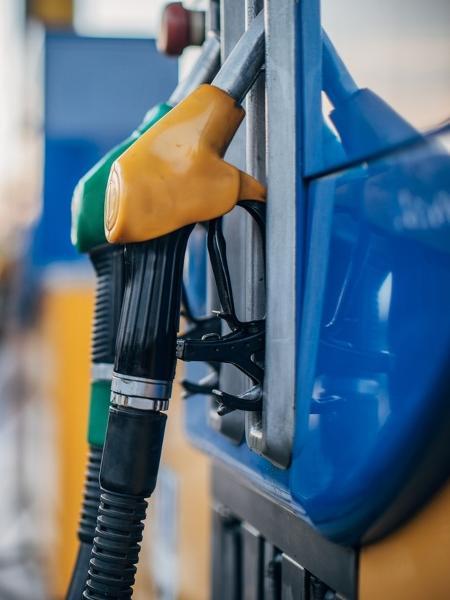 Preço do litro da gasolina já passa de R$ 7 - iStock