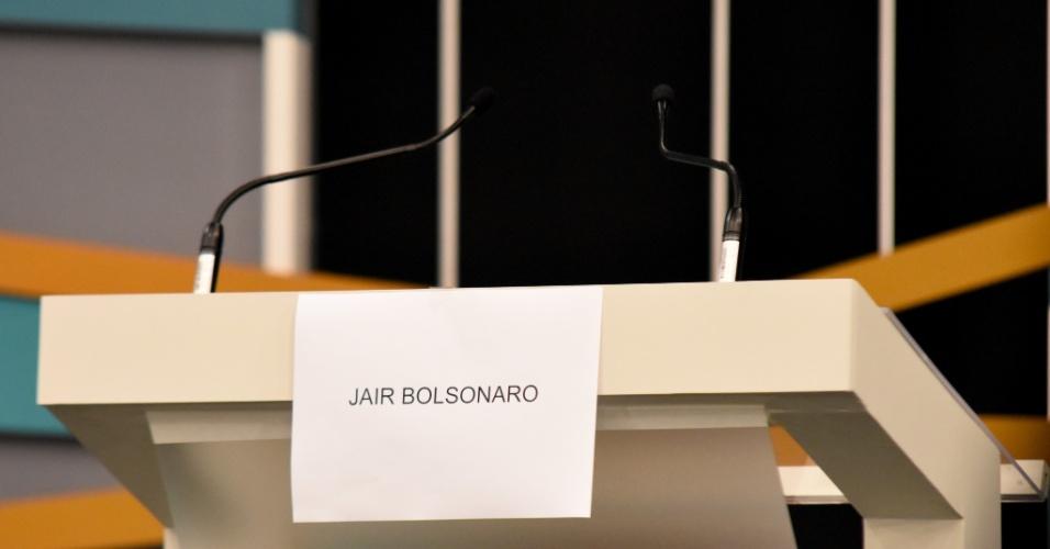 9.set.2018 - Local destinado ao Candidato Jair Bolsonaro no debate com candidatos a Presidente do Brasil, TV Gazeta, Estadão, Jovem Pan