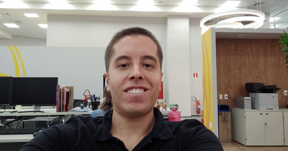 LG G7 ThinQ - selfie em luz artificial