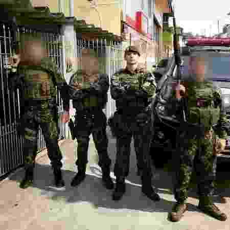 Tenente Telhada, filho de deputado estadual, ao lado de policiais do COE - 02.mar.2019 - Reprodução/Facebook