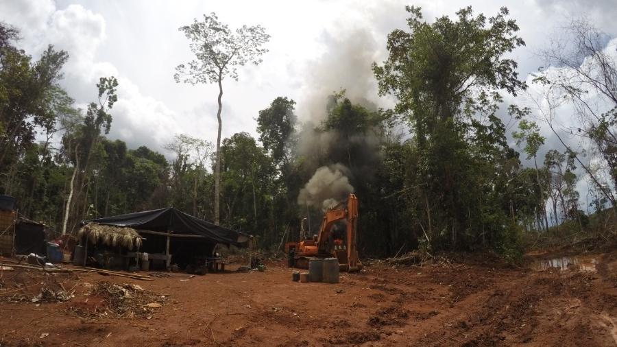 11.out.2019 - Equipamentos são apreendidos e destruídos em operação da PF que encontrou garimpo ilegal em Rondônia - Divulgação