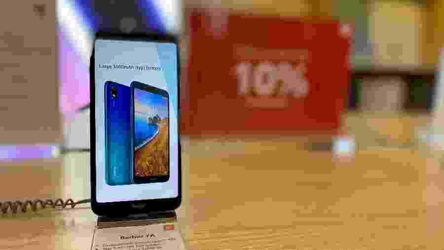 Produtos da Xiaomi nas lojas oficiais têm garantia maior, mas custam até o dobro - Gabriel Francisco Ribeiro/UOL