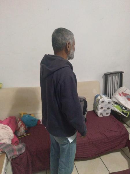 Seu José (nome fictício) na casa de outra irmã, onde agora mora de favor - Arquivo Pessoal