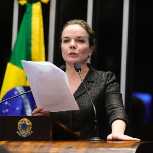 25.abr.2016 - A senadora Gleisi Hoffmann (PT-PR)