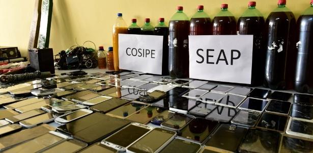 Durante revista, foram apreendidos celulares na Unidade Prisional do Puraquequara