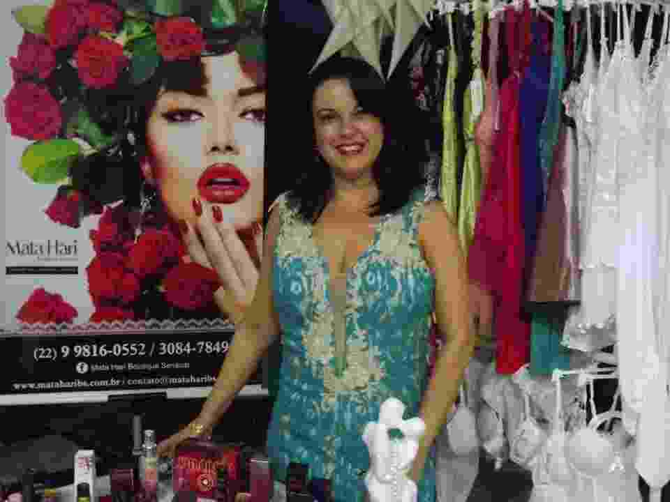 Leila Campos é dona da Mata Hari Boutique Sensual, que faz eventos sensuais e vende produtos eróticos - Divulgação