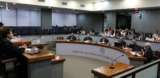 Sessão do TCE (Tribunal de Contas do Estado) de Minas Gerais
