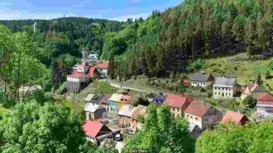 A pequena cidade checa de Jáchymov se tornou Patrimônio Mundial recentemente - Eliot Stein/BBC