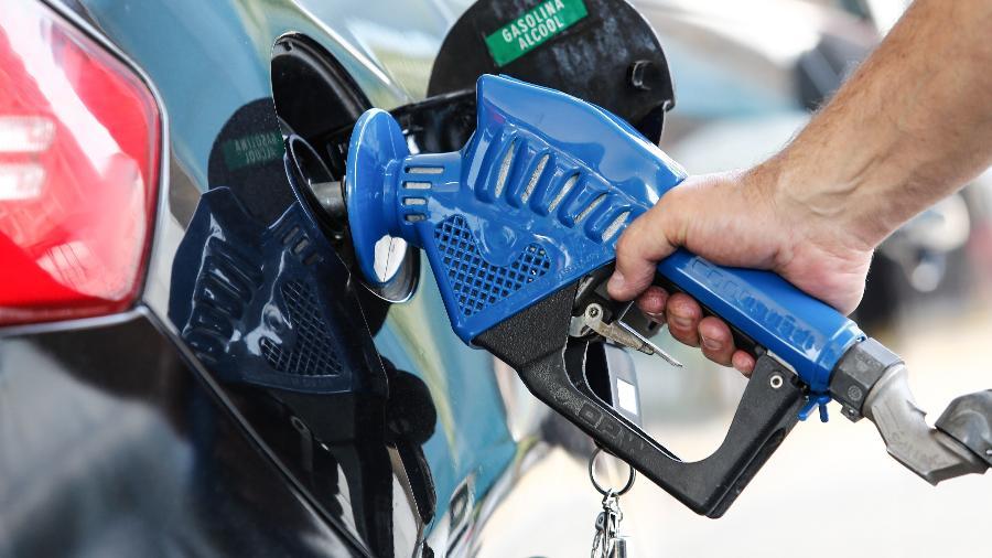 Na primeira metade deste mês, o valor do litro da gasolina nas bombas cresceu 4,08% ante a média registrada em janeiro - Marcelo D. Sants/Framephoto/Estadão Conteúdo
