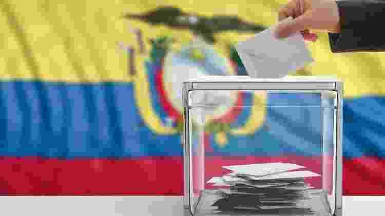 Desgaste político dos líderes atuais no Equador e no Peru é um fator de peso desta eleição, afirmam analistas e observadores ouvidos pela BBC News Brasil - Getty Images - Getty Images