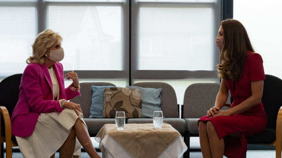 Jill Biden, primeira-dama dos EUA, e Kate, duquesa de Cambridge, no Reino Unido - Reprodução/Twitter