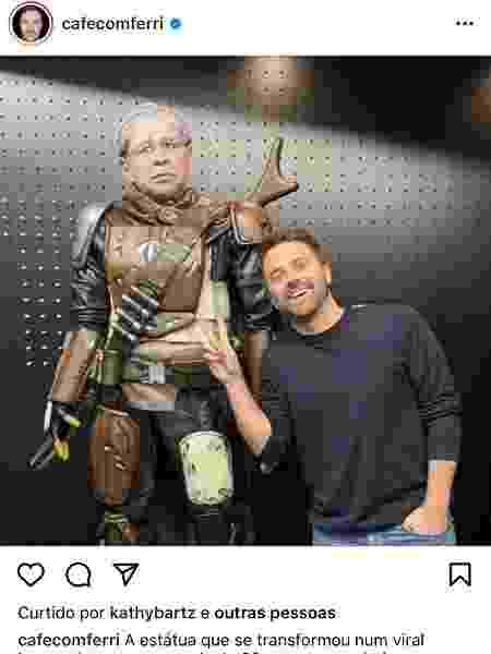 "O contribuidor Rafael Ferri faz pose ao lado de Guedeslorian e comemora o ""viral impressionante"" - Instagram/Cafecomferri - Instagram/Cafecomferri"