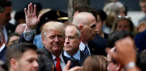 Trump participa de cerimônia em memória às vítimas dos atentados de 11 de setembro de 2001, em Nova York, no domingo (11)