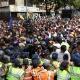 Oposição venezuelana volta às ruas para exigir eleições - Carlos Garcia Rawlins/Reuters