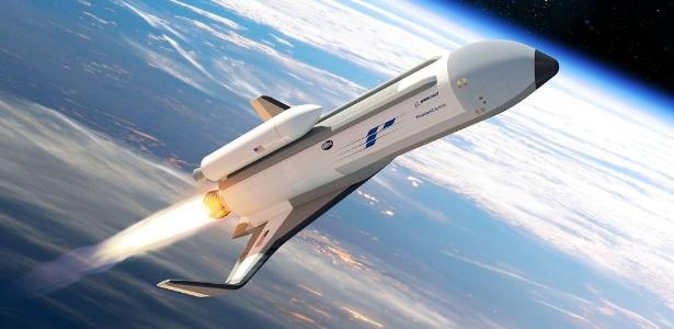 """Ilustração do hipersônico Boeing XS-1, o """"Phantom Express"""""""